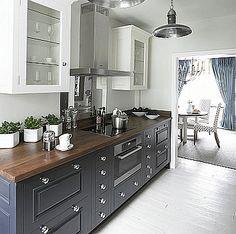 Chalon custom made transitional kitchen.
