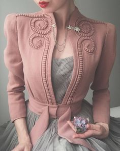 onight's outfit 🕊 Late dusty pink swirly jacket and whisper grey ballet dress. Worn with shooting star brooch and flower 🥀✨ . 40s Fashion, Look Fashion, Hijab Fashion, Fashion Dresses, Vintage Fashion, Fashion Trends, Fashion Lookbook, Woman Fashion, Fashion 2018