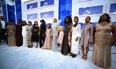 Beyoncé brings mothers of four black men killed in the US to MTV VMAs…