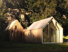 Reiulf Ramstad Architects, Micro Cluster Cabins, cabins, micro cabins, tiny houses, tiny cabins, norway, Vestfold, gable-roof, pitched roof, fully-glazed gable ends, microclimate, wood, cabin village,