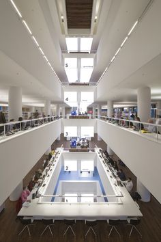 Galeria de Biblioteca Pública de Amsterdã / Jo Coenen & Co Architekten - 3