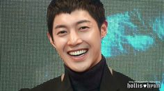 MARVELLOUS. ENJOY KHJ' SWEET SMILES AND SPARKLING EYES  140109 Kim Hyun Joong 김현중 - 감격시대 Happy Virus HJ@Press Conference for Ins...