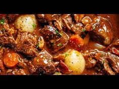 Beef Bourguignon Meat Recipes video recipe – The Most Practical and Easy Recipes Pot Roast Recipes, Meat Recipes, Cooker Recipes, Crockpot Recipes, Dinner Recipes, Beef Bourguignon Slow Cooker, Cajun Chicken Salad, Beef Dishes, Gastronomia