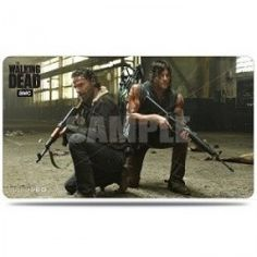 TAPETE ULTRA PRO THE WALKING DEAD DARYL & RICK Precio de Ocasión, Standard playmats are sized approximately 24' wide x 13.5' tall, and made with a premium fabric top for a smooth, protective playing  surface. The back of the playmats are lined with non-slip, textured rubber material for added grip and padding. Each playmat is packed in a full-color, peggable display. Featuring Rick & Daryl from AMC's The Walking Dead!  Featuring Rick & Daryl from AMC's The Walking Dead! Approximately 24'…