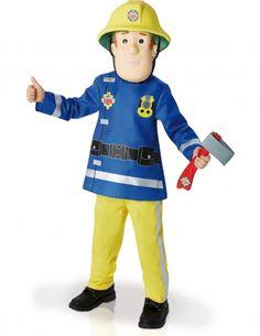 Per il tuo bambino coraggioso, alla ricerca di avventure sempre nuove e appassionato del mitico Sam il pompiere™, ecco l'idea regalo giusta per un Natale da non dimenticare: il travestimento da Sam il Pompiere™ in licenza ufficiale. Bello e completo, esso comprende: maglia, pantaloni, maschera e ascia.