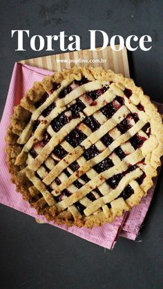 Receita de torta #pie #recepie #mododefazer Pie, Desserts, Food, Fruit Jam, Strawberry Fruit, Dessert, Recipes, Torte, Tailgate Desserts