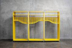 Designer finlandais-ougandais, Lincoln Kayiwa crée constamment des meubles qui brouillent la ligne entre le produit fonctionnel et l'objet d'art. La technologie d'impression 3D.