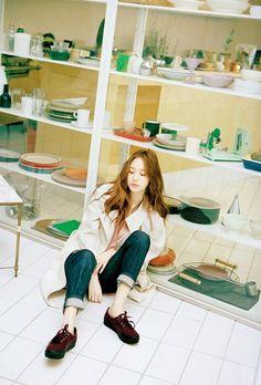 f(x) Krystal Jung Keds Nylon Magazine Korea October 2015 Photoshoot Fashion Krystal Fx, Jessica & Krystal, Kiko Mizuhara, Kpop Girl Groups, Kpop Girls, Shinee, Nylons, Fashion Line, Kpop Fashion