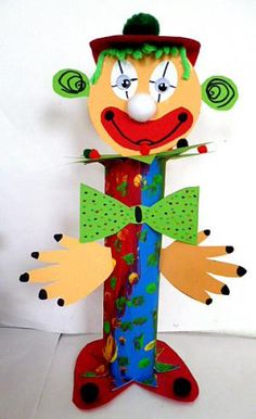Zeitvertreib/16basteln-Fasching-Clown-Kuechenrolle Circus Crafts, Carnival Crafts, Learning Games For Kids, Educational Games For Kids, Arts And Crafts Box, Diy And Crafts, Diy Butterfly Costume, Carnival Party Favors, Diy For Kids