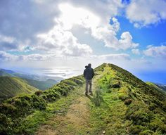 Pico da Barrosa Miradouro - Keep to the right of the trail and at the summit you will be able to see both the north and south coasts at the same time. Views of Vila Franca can also be seen here. An excellent place to soak up the majesty that is the Azores, and perhaps even do some whale watching! #azores #azoresislands #nordeste #landscape #familytravel#kidswithpassports #travelblogger #travelgram #whalewatching #discoverazores #5globetrotters #hiking #worldschooling
