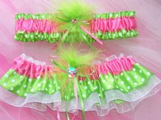 Wedding garter Lime green and hot pink polka dot. Wish I woulda had these!!