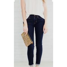 """Dark wash skinny denim Dark wash denim with tan stitching. Never worn! New without tags! Size 24 waist and 27"""" inseam. Forever 21 Jeans Skinny"""