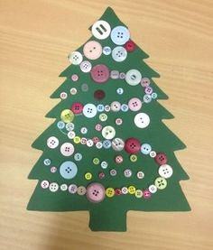 kerstboom knopen Christmas Crafts, Christmas Tree, Theme Noel, Winter Time, Toddler Activities, Diy For Kids, Kindergarten, December, Holiday Decor