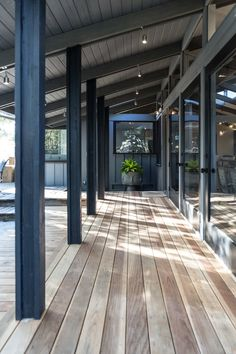raili_ca_designPosts and beams and more posts and more beams. What a magical,dope, supercool, original, bitchen project this was. Charcoal House, Black House Exterior, House Deck, Tin Roof House, Dark House, Modern Ranch, Indoor Outdoor Living, Future House, Modern Farmhouse