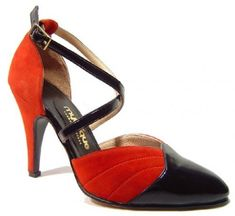 salsa shoes: How to buy - Things to consider when picking up a pair of salsa dance shoes