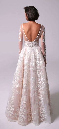 White wedding dress. Brides want to find themselves finding the perfect wedding day, however for this they require the perfect wedding dress, with the bridesmaid's outfits actually complimenting the wedding brides dress. These are a variety of suggestions on wedding dresses.