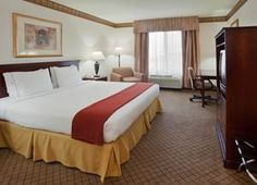 Holiday Inn Express in Woodland. Located just off the freeway and minutes from Sacramento Airport.
