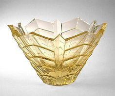 Kulho Okkolin, Aimo, Riihimäen Lasi   Designlasi.com Glass Design, Design Art, Lassi, Finland, Modern Contemporary, Glass Art, Retro Vintage, Candle Holders, Ceramics