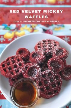 Bring home Disney magic to your kitchen with these copycat Red Velvet Mickey Waffles! Inspired by the Mickey Waffles served at Mickey's Very Merry Christmas Party. Disney Inspired Food, Disney Food, Disneyland Food, Red Velvet Waffles, Christmas Baking, Disney Christmas, Christmas Holiday, Mickey's Very Merry Christmas, Snacks Under 100 Calories