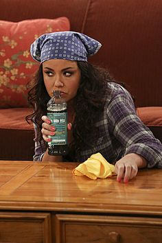 "mike and molly pics of episodes | Mike & Molly Season 3 Episode 21 ""Molly's Out of Town"""