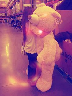 if someone could get me a giant, life sized teddy bear.. that'd be great..