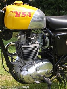BSA-Victor-Special---motor and tank
