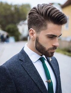 25 Popular Haircuts For Men 2017 – Men's Hairstyle Trends – Thomas Waske 25 Popular Haircuts For Men 2017 – Men's Hairstyle Trends 2017 Older Men's Hairstyles Mens Hairstyles 2018, Mens Hairstyles With Beard, Hair And Beard Styles, Hairstyles Haircuts, Haircuts For Men, Trendy Hairstyles, Long Hair Styles, Medium Hairstyles, Summer Haircuts