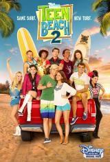 """Ahora que el verano ha terminado y empieza el instituto, la relación de Brady y Mack parece difícil, ¡hasta que Lela, Tanner y los chicos de """"Wet Side Story"""" aparecen! Deslumbrados por la novedad, Lela quiere quedarse, pero el mundo real y el mundo """"de película"""" no se mezclan.  http://rabel.jcyl.es/cgi-bin/abnetopac?SUBC=BPBU"""