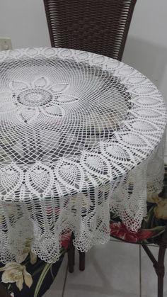 toca do tricot e crochet Crochet Bowl, Crochet Art, Crochet Round, Filet Crochet, Crochet Motif, Vintage Crochet, Crochet Doilies, Crochet Hooks, Crochet Patterns