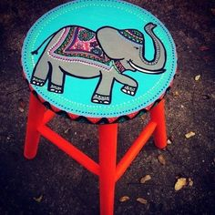 Banqueta Elefante - Ju Amora