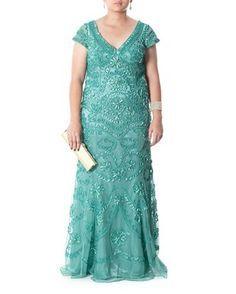 A mãe da noiva... Vestido de tule com bordados de fita