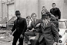 Fred Perry, Proud Boys, and the Semiotics of Fashion I The Hampton Institute Mod Fashion, Fashion Mode, Sixties Fashion, Fashion Shoes, Bob Dylan, John Lennon, Estilo Mod, Rockabilly, Mod Look