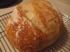 How to make homemade bread - by Tierney O'Hara - Helium New York Times, Speedy No-Knead Bread Homemade Sandwich Bread, Vegan Recipes, Cooking Recipes, Cooking For Beginners, No Knead Bread, Fresh Bread, Learn To Cook, Pavlova, Bread Baking