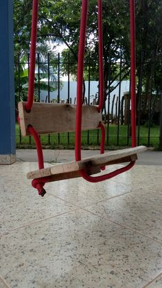 Scrap Wood Projects, Diy Projects, Diy Outdoor Table, Outdoor Decor, Kids Yard, Kids Swing, Backyard Playground, Diy Holz, Garden Chairs