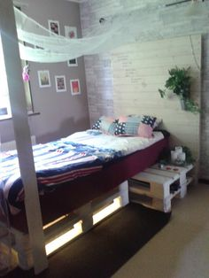 Bed made of 4 pallets #Bed, #Pallet