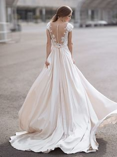 Свадебное платье Анна Кузнецова Shanin ▶ Свадебный Торговый Центр Вега в Москве