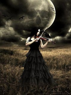 Playing violine in the moonshine.~