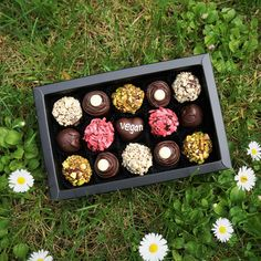Vegan Chocolate by Witerki Vegan Chocolate Truffles, Vegan Truffles, Artisan Chocolate, Handmade Chocolates, Vegan Beauty, Personalised Box, Vegan Life, Norway, Vegan Recipes