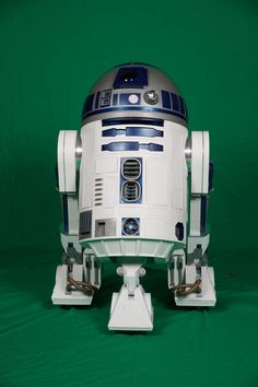 Learn how to build your own R2-D2 and join a dedicated community of Makers bringing Star Wars astromech droids to life. This comprehensive guide will get you started!