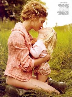 Natalia Vodianova and her daughter, Vogue November 2008 by Mario Testino