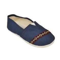 Alpargata Pampeana. Originated in argentina the alpargata has made a best seller item across the globe. #alpargataArgentina #alpargata #shoes #argentina