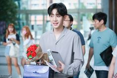 Star Company, J Star, Rose Crown, Rose Park, Fandom, Love K, Korean Bands, Pink Roses, Black Roses
