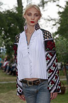 Украинские вышиванки Оксаны Караванской покажут в Париже   Vogue Ukraine