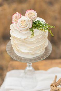 Desert Wedding, Wüste, Hochzeitstorte, Torte, Blumen, Rosen, weiß ...