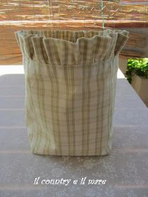 Il country e il mare: PORTA MOLLETTE CON TUTORIAL Projects To Try, Shabby, Quilts, Sewing, Fabric, Bags, Inspiration, Home Decor, Fabric Handbags