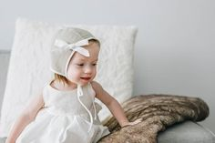 bow clips on bonnets. so perfect <3