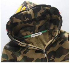 €44,00 http: //www.ioffer.com/i/bape-new-men-shark-hoodie-sweater-jacket-556850138?i=307900306