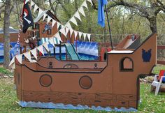 Ahoy there, me hearties! This cardboard pirate ship was featured in a pirate party but can be a fun weekend project, birthday or not. (via Chickabug) Pirate Day, Pirate Birthday, Pirate Theme, Cardboard Pirate Ship, Party Fiesta, 4th Birthday Parties, Birthday Ideas, Party Activities, Party Time