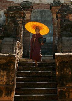The Novice Monk by Chee Keong Lim Gautama Buddha, Buddha Buddhism, Buddhist Monk, Zen Meditation, Travel Photographie, Buddha Painting, Montage Photo, Ways Of Seeing, Jolie Photo