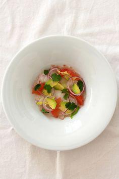Ceviche vom Skrei/Kabeljau/Winterkabeljau mit Pink Grapefruit, gehobelter Avocado und Limette   Arthurs Tochter kocht. Der Blog für Food, Wine, Travel & Love von Astrid Paul